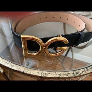 Dolce & Gabbana Women's black leather belt